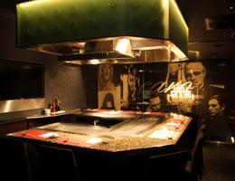 鉄板焼き&Restaurant Bar caro